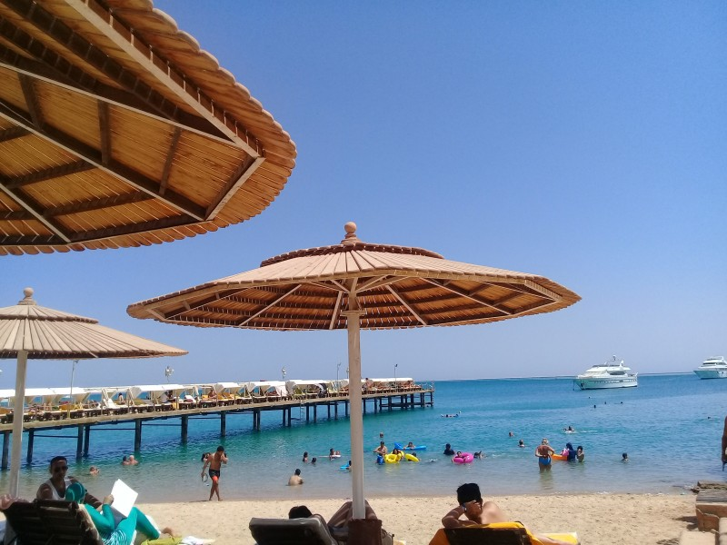один пляжный выходной певицы в Хургаде, Египет, фото 11