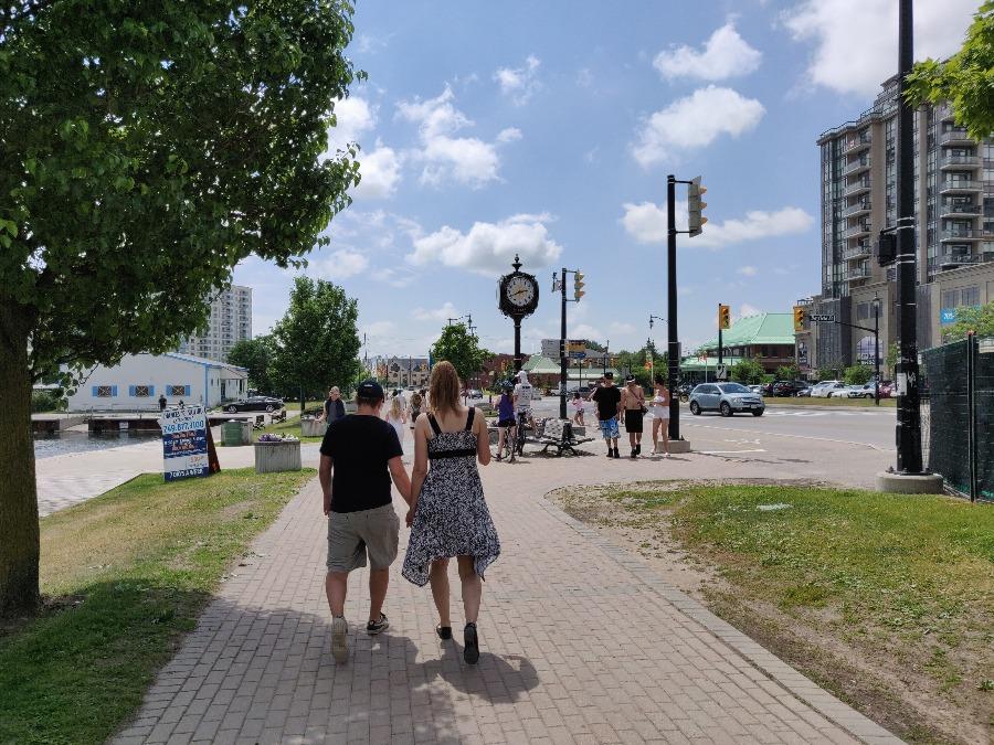 один мой день в курортном городке Бэрри, Канада, фото 11