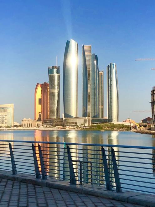 один мой понедельник в Абу-Даби, Объединенные Арабские Эмираты