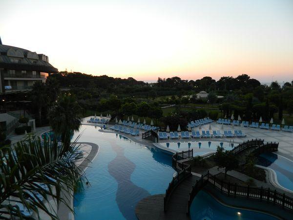 Один день программиста на отдыхе в отеле поселка Гёйнюк, Турция